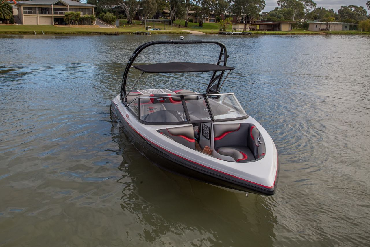 Vision 21i Bowrider Camero Ski Boats