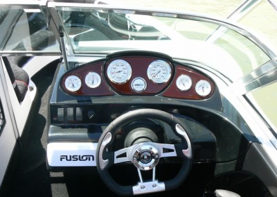 vision-21v-bowrider-dash-view