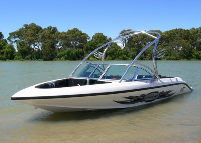 vision-21v-bowrider-side-view-3